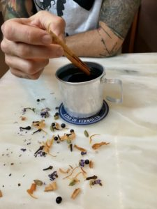 Vermut caliente con especias